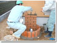 レンガ製立水栓